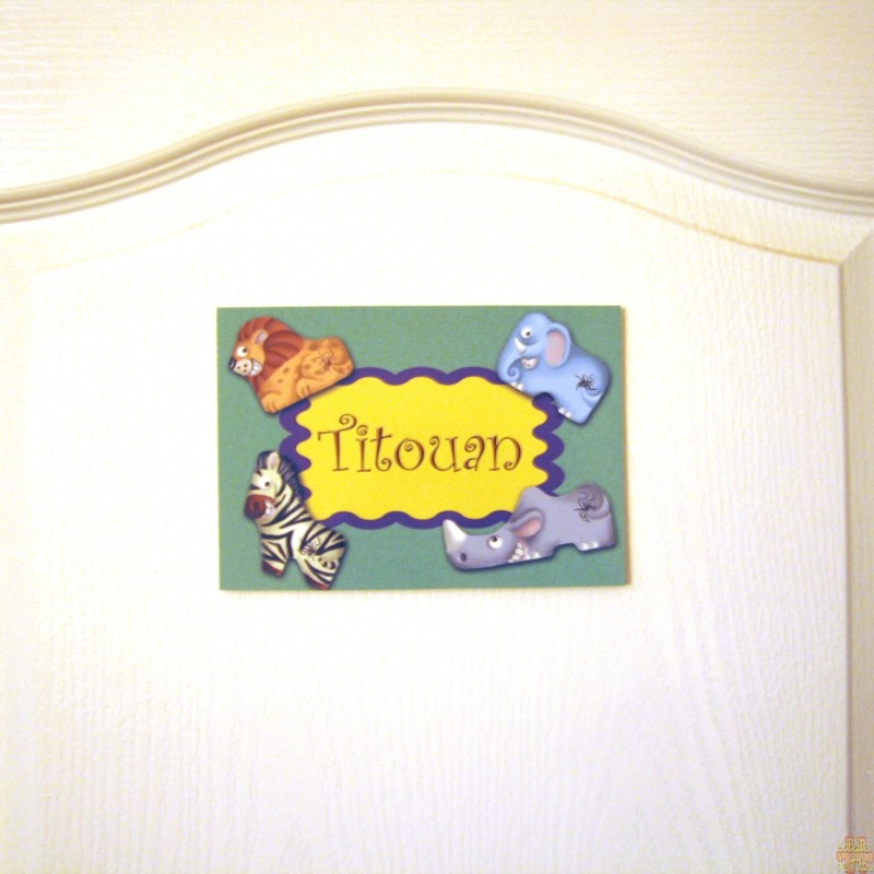 Plaque de porte pr nom enfant gar on animaux de la jungle for Plaque de porte chambre enfant